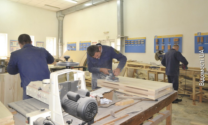 Безробітним дають шанс освоїти професію, необхідну на ринку праці