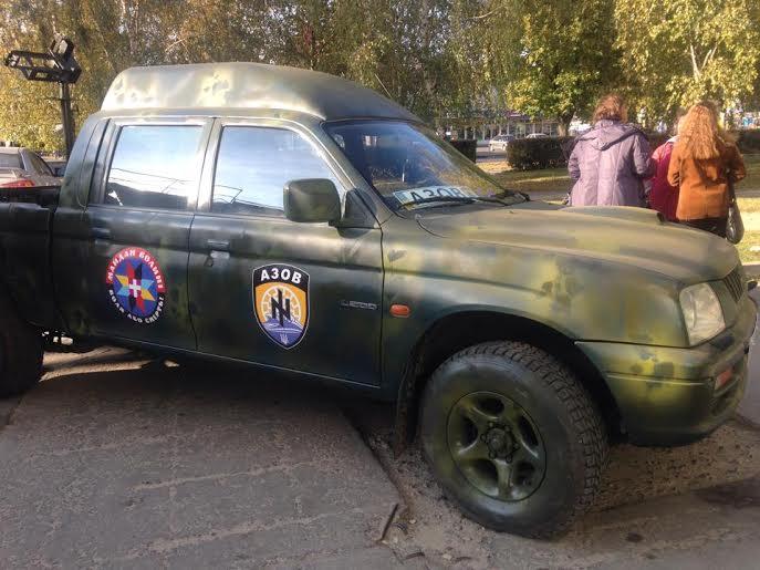 Волиняни відправили для полку «Азов» автомобіль та пічки-буржуйки