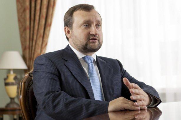 Екс-глава Нацбанку дав кілька порад, як уникнути дефолту в Україні