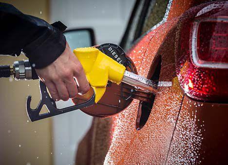 Вартість пального продовжує знижуватися