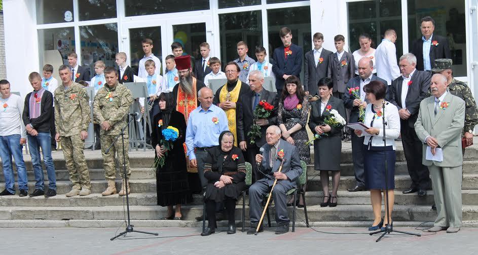 У Колках вшанували патріота, загиблого під Дебальцевим
