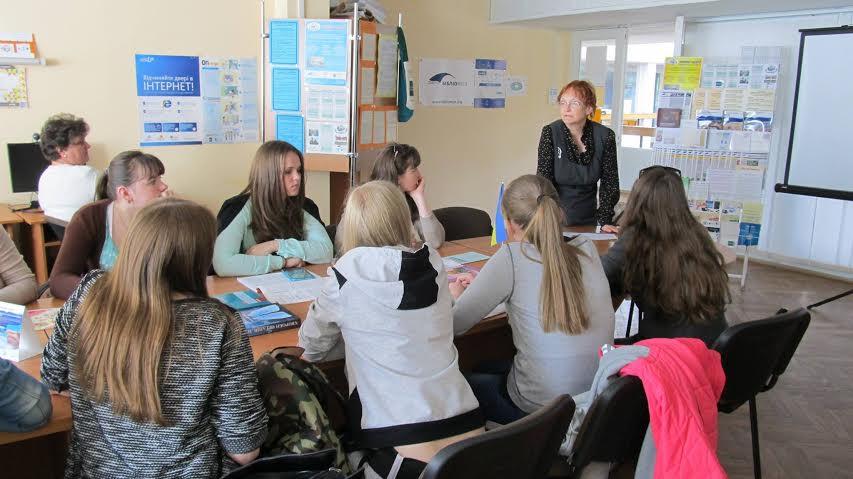 Майбутні педагоги переймають досвід луцьких лікарів