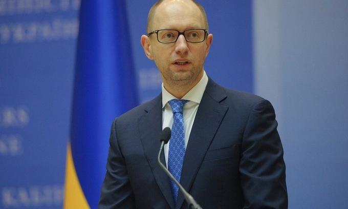У найближчі роки Україна має виплатити 47 мільярдів доларів боргів