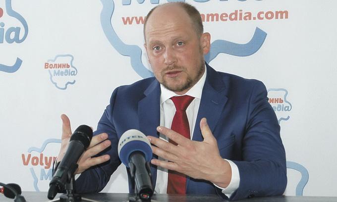 Нардеп Сергій Каплін: Доки живий я і Арсеній Петрович, ми з'ясуємо, чи святий наш Прем'єр-міністр