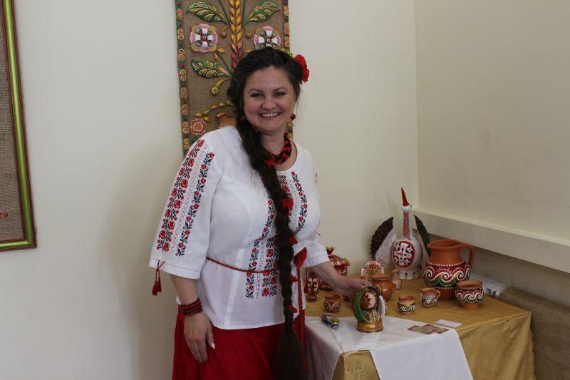 «Диво з теплих долонь» майстра художньої кераміки Жанни Миляшкевич
