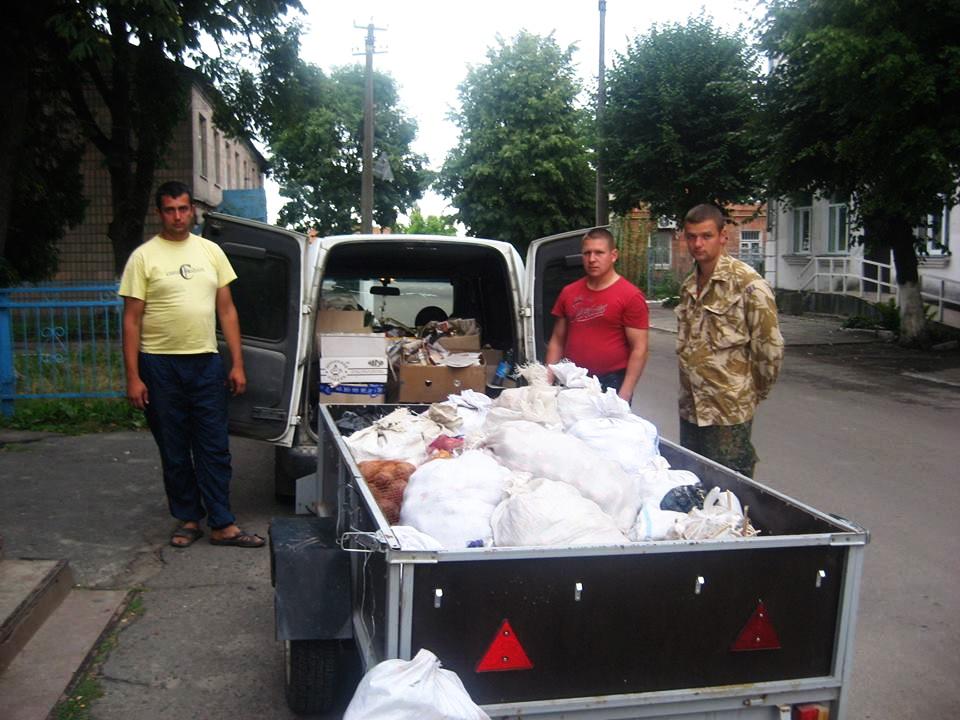 Народна самооборона Рожища відправила на Схід чергову машину із харчами для вояків
