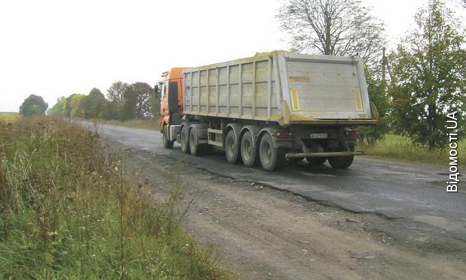Волинські депутати хочуть упорядкувати видобуток та перевезення піску