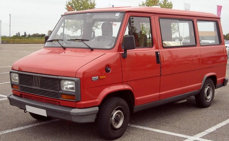 Мікроавтобус Fiat Ducato з Волині попрямував до військовослужбовців 14 окремої механізованої бригади