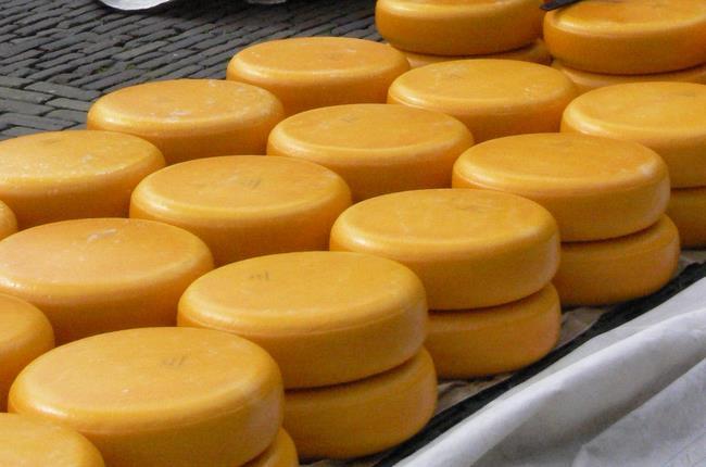 До Криму не пропустили український сир