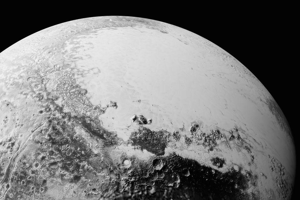 Космічний апарат «Нові Горизонти» передав більш якісні знімки Плутона