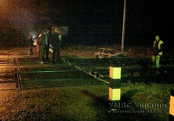 На Волині внаслідок аварії загорівся автомобіль