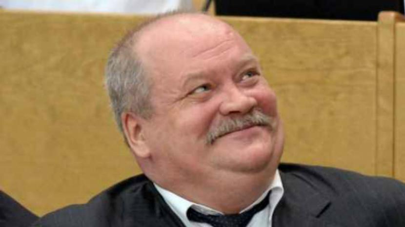 Депутат російської Держдуми на п'ять годин застряг у танку