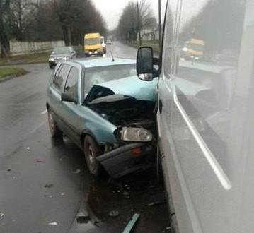 У Луцьку в аварії постраждали троє людей
