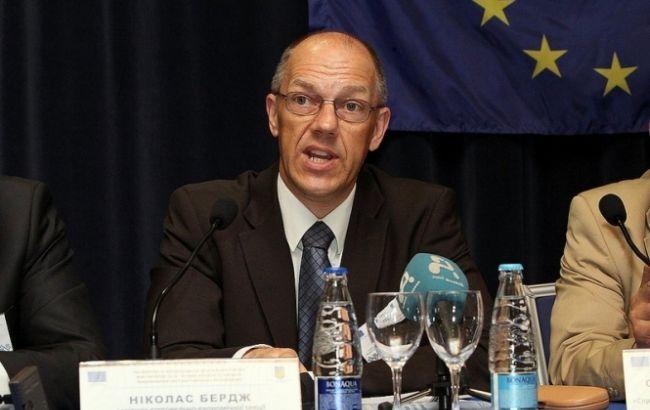 ЄС не планує відстрочок у введенні зони вільної торгівлі із Україною