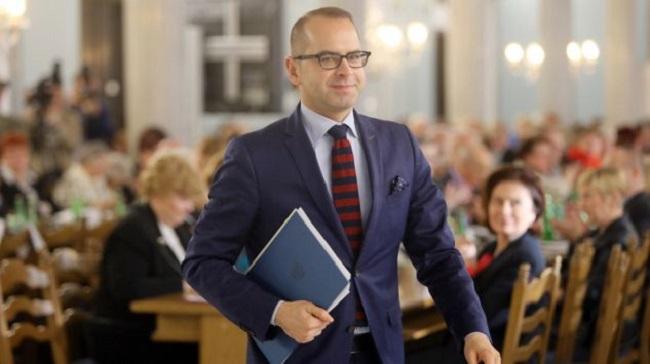 За перевищення часу виступу в Сеймі польського депутата оштрафували на 600 євро