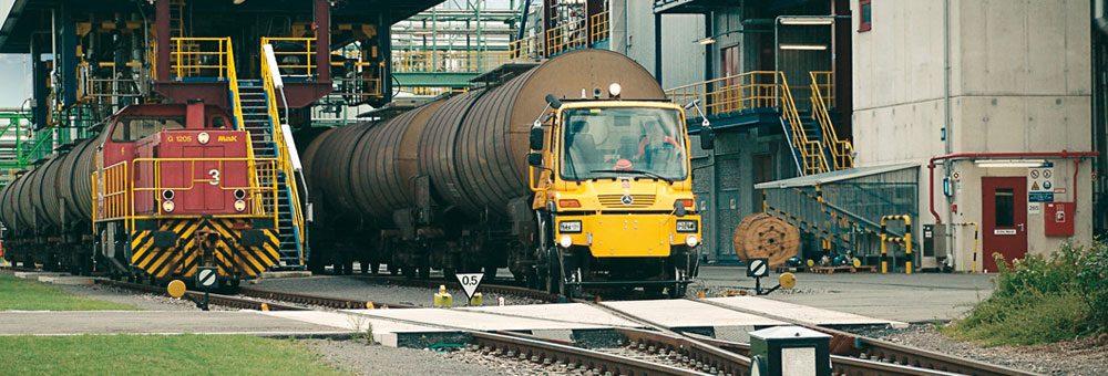 Компанія «Мерседес Бенц Тракс Схід» планує щорічно збирати в Росії  20 локомотивів