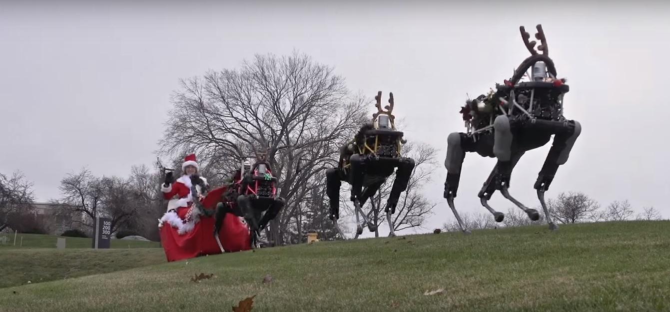 Чотириногі військові роботи стали різдвяними оленями