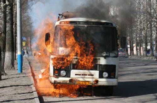 На Волині загорівся автобус із пасажирами