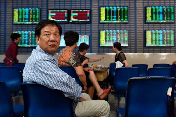 Акції китайських компаній різко впали