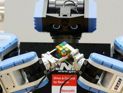 У США робот зібрав кубик Рубіка за 1 секунду