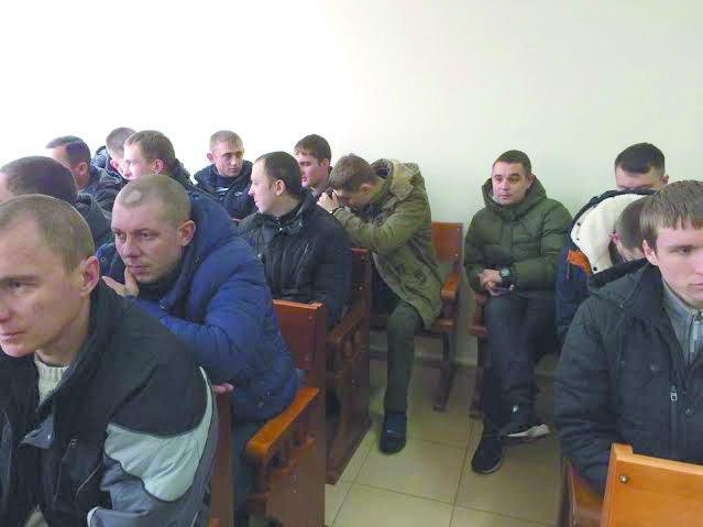 Суд над бійцями 51-ої бригади: адвокати підозрюють прокуратуру у фальшуванні документів
