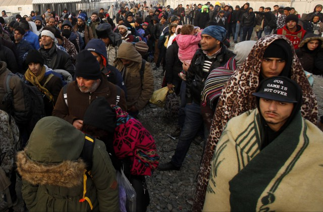 Влада Бельгії забороняє підгодовувати біженців