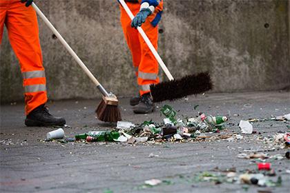 Німецький сміттяр знайшов в смітнику скарб забудькуватих пенсіонерів