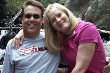 Американець зробив останнє фото з дружиною і зіштовхнув її зі скелі