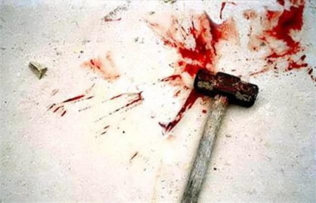 Син забив молотком до смерті батька-діда і повісився