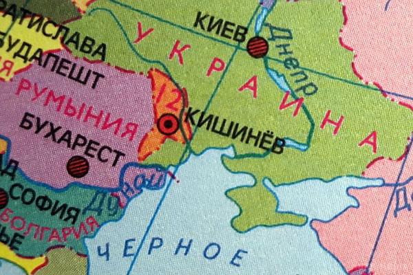 У білоруських підручниках 2015 року Крим вказано територією України