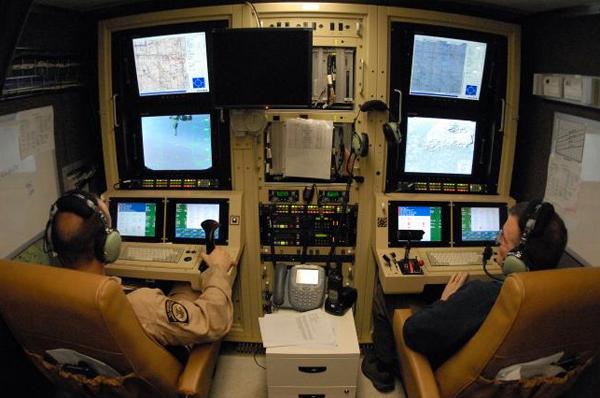 У США з'явилися авіаційні курси управління дронами