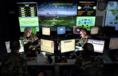 Пентагон дозволив хакерам зламати свої сайти