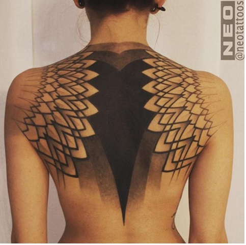 Серед любителів татуювань з'явився новий тренд