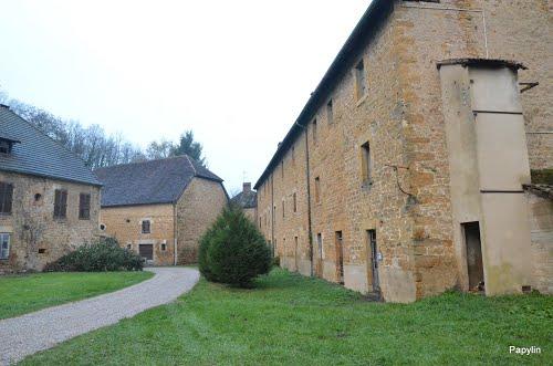 У Франції продають село за 150 000 євро