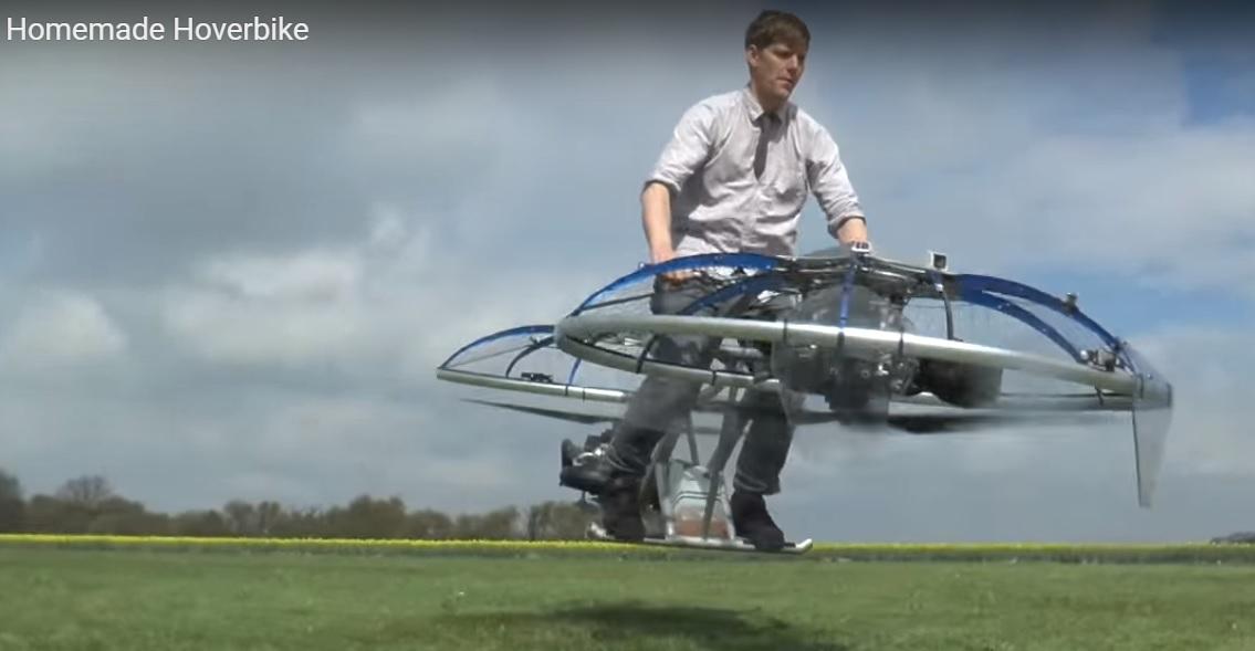 Британець зібрав удома літаючий мотоцикл (відео)