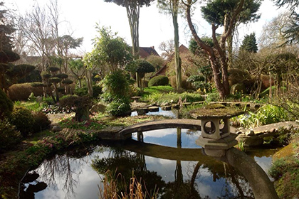 Колишній монах витратив 35 років на створення японського саду на пустирі в Британії