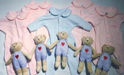 Фото матері з п'ятіркою близнят підкорило користувачів Мережі