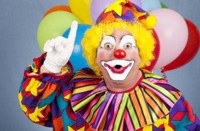 У британському цирку клоун ледь не вбив глядача (відео)