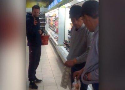 У Луцьку п'яний чоловік посварився зі своїм відображенням у дзеркалі (відео)