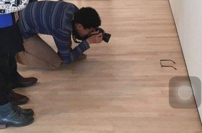 У США відвідувачі музею прийняли забуті окуляри за витвір мистецтва