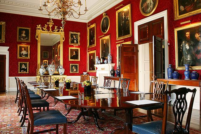 Туристам запропонували зупинитися в будинку дитинства принцеси Діани