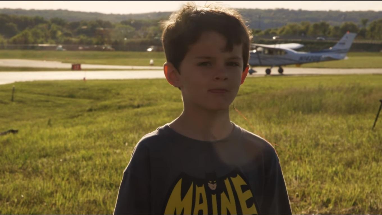 Американський пілот вирвав синові молочний зуб за допомогою вертольота