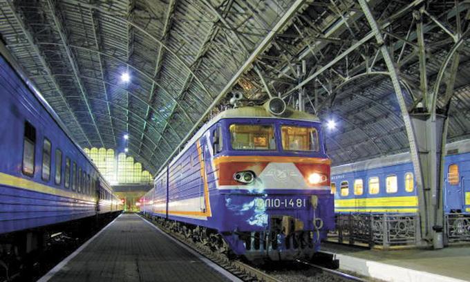 Укрзалізниця планує заощадити за півроку 7 мільярдів гривень