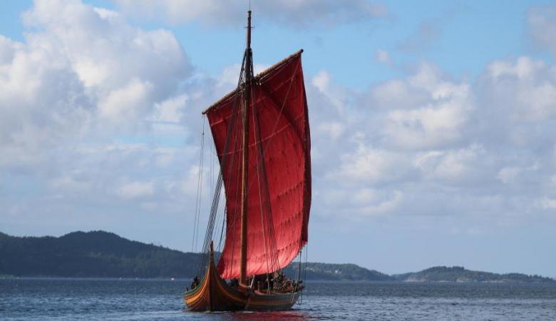 Найбільший у світі корабель вікінгів досяг берегів Канади