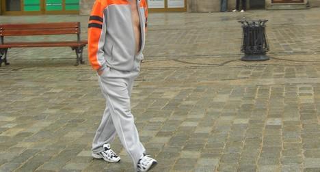 Родині з Косово відмовили в громадянстві Швейцарії через звичку ходити в спортивних штанях