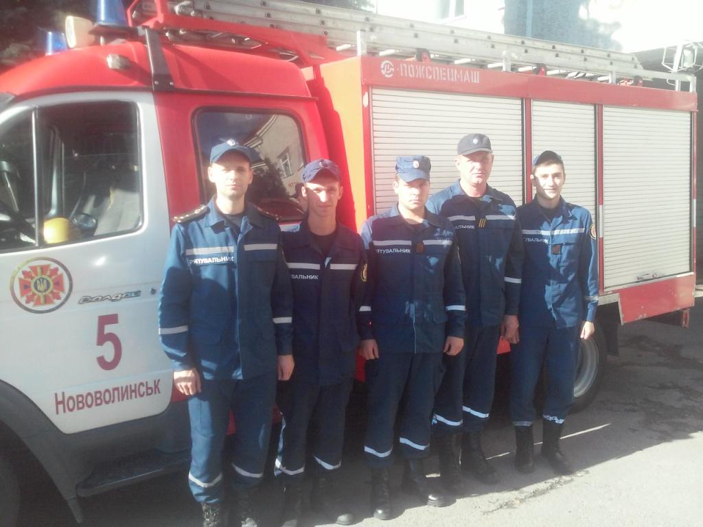 На Волині  пожежники врятували з охопленої вогнем квартири матір з двома дітьми