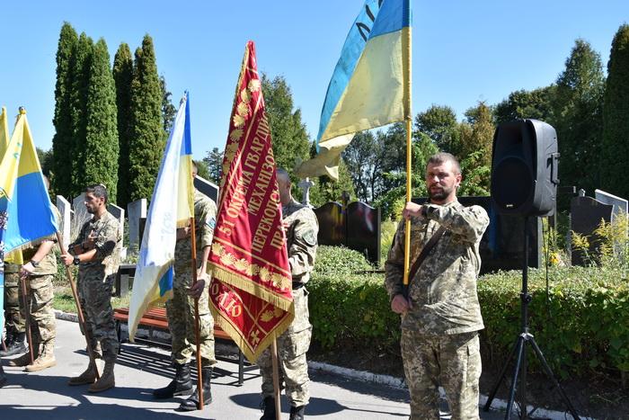 У Луцьку освятили памятники  загиблим військовослужбовцям