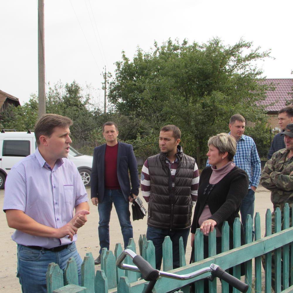 """На Волині """"Укроп"""" переконує жителів Прилуцької сільради обєднатись з Луцьком в одну громаду"""