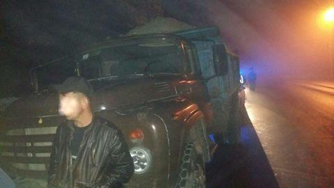 У Луцьку патрульна поліція затримала нетверезого водія, який керував без посвідчення і забруднював дорогу