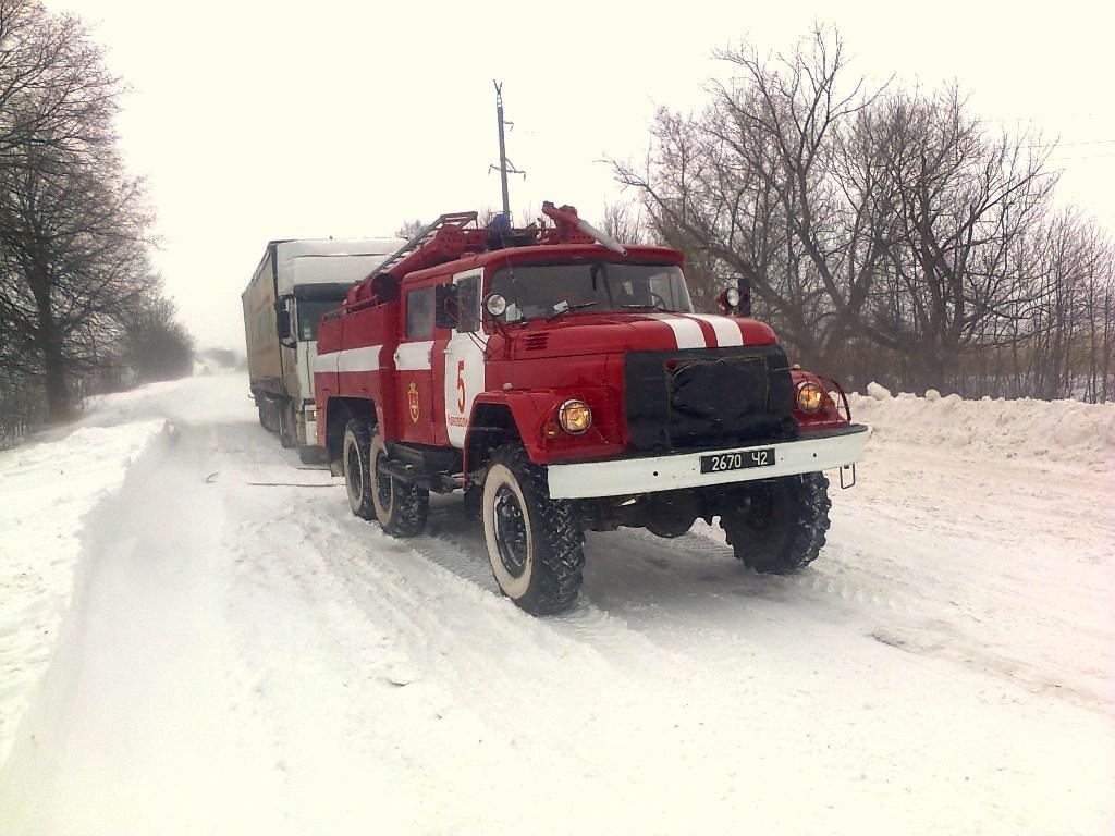 На Волині протягом минулих вихідних рятувальники евакуювали зі сніжних заметів 46 транспортних засобів